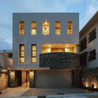 現代的な家の外観