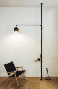 ランプの突っ張り棒